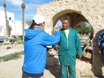 Gespäche mit Gärtner auf Djerba
