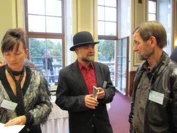 Nelia Sydoriak und Prof. Dr. Frank Gotter im Gespräch