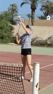 Nelia Sydoriak beim Federball