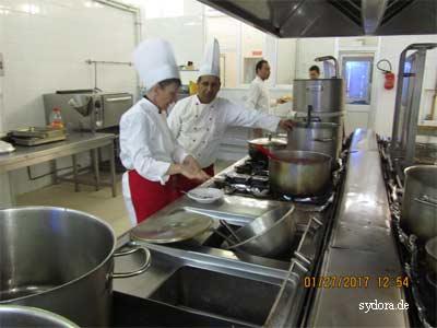 Nelia in einer tunesischen Hotelküche