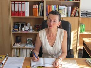 Nelia Sydoriak-Rauch im Büro