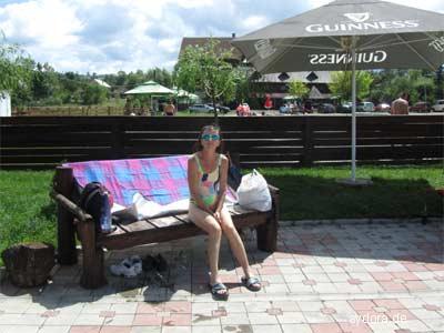 Nelia im Comlpex Turistic Lacul Sarat im Außenbereich