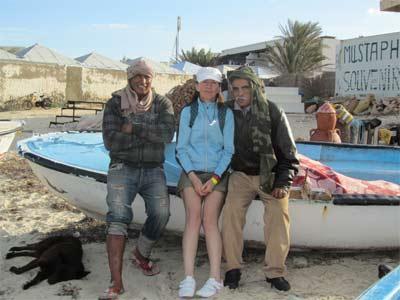 Nelia Sydoriak-Rauch bei tunesischen Fischern