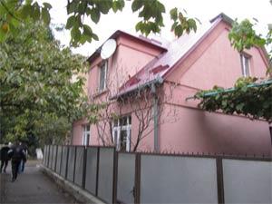 Sanierte Wohnhaushälfte zum Verkauf in Uzhgorod Ukraine