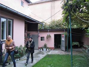 Wohnhaus zum Verkauf in Uzhgorod, Hofansicht