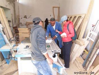Tischler in Ajim auf Djerba